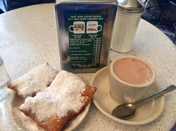Breakfast of Champions - Beignets at Cafe Du Monde